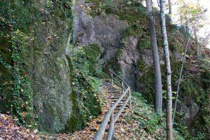 Felspfad Burg Rabeneck